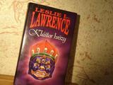 Лесли Л. Лоуренс на словацком языке